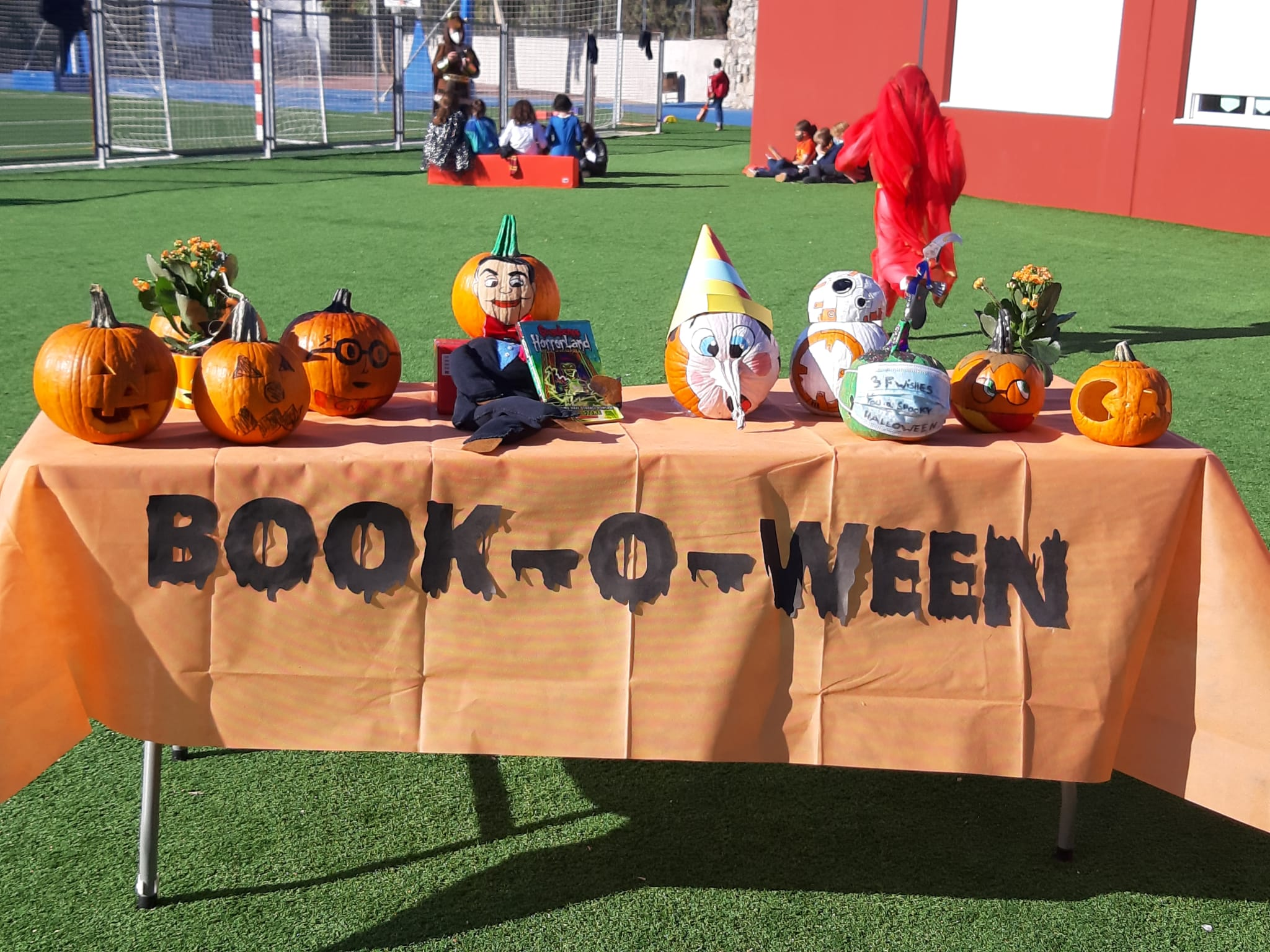 ¡Divertido Book-o-ween en LS!